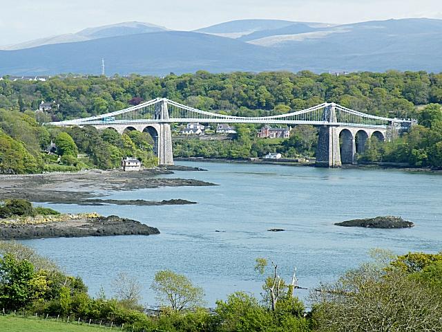Dating Menai Bridge Anglesey