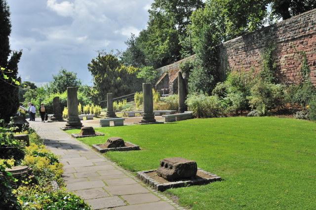 Chester roman gardens for Roman garden designs